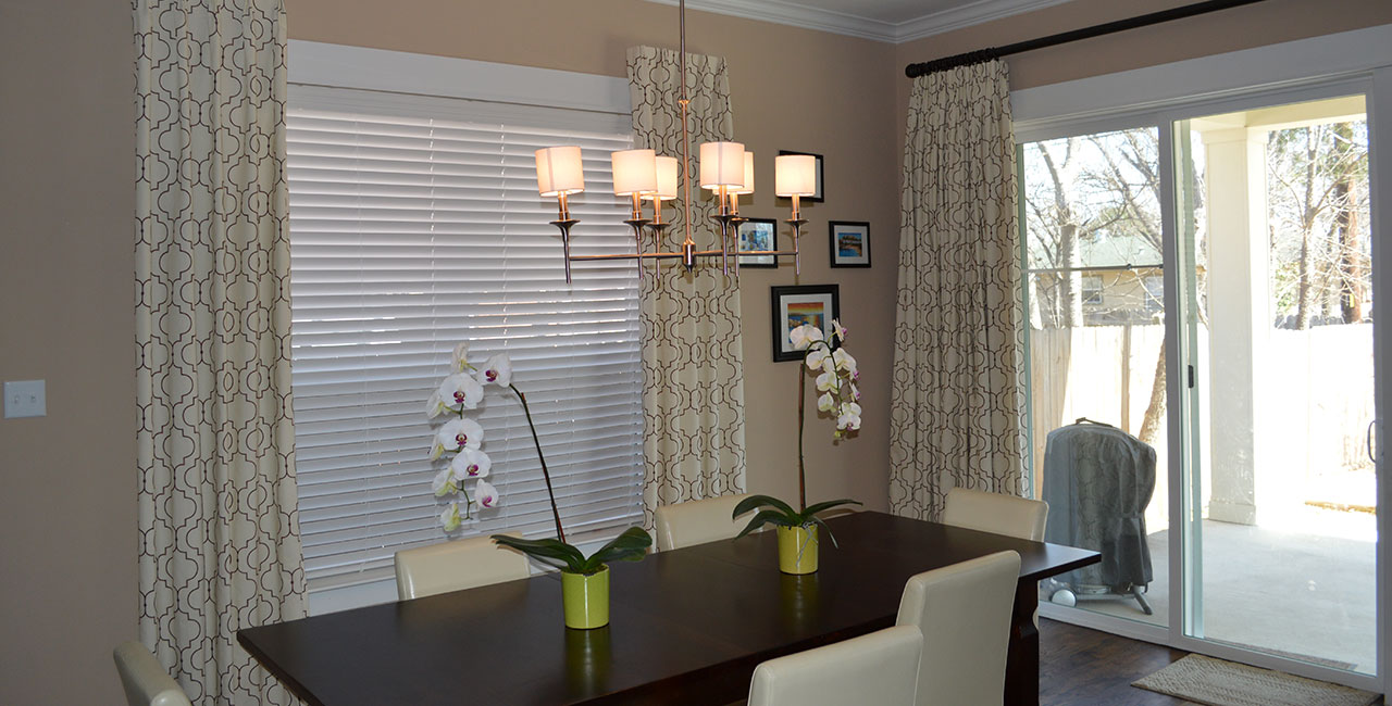 Draperies & Blinds Enhancing Dining Room Decor