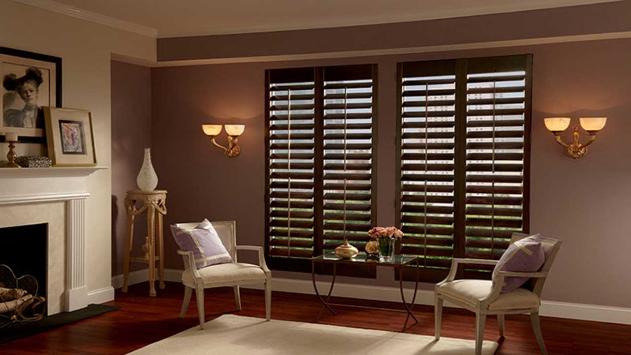 Wooden Blinds for an Elegant Living Room